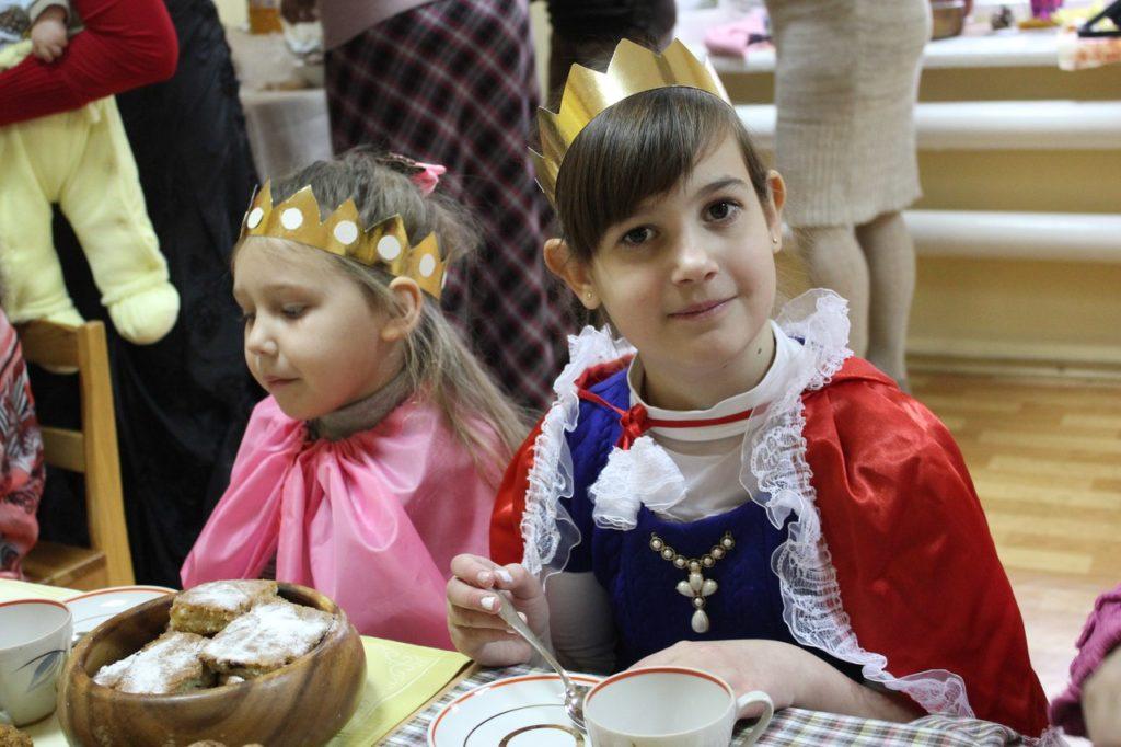 Принцесса Вас слушает! :)